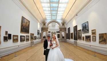 Castle - Long Gallery Bride & Groom 6